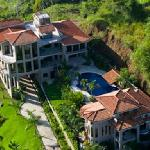 The Casa Ponte Estate 1-877-446-0653