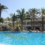 Pool area - Oasis Resort