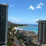Nice day in Honolulu . Lol