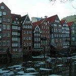 """""""Deichstrasse"""" El camino del dique es la última pieza de Hamburgo antiguo conservado - con resta"""