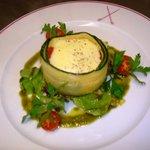 """entrée : légumes meditéranéens rotis avec une fondue de pavé d'isigny """" un delice """""""