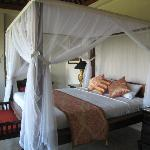 Ubud Village bedroom