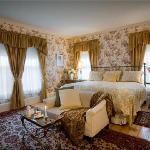 Room #7 - Junior Suite