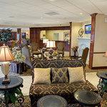 休士頓哈比機場假日飯店