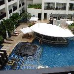 Pool- mecure patong