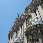 details building near Capitolio