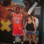 Michael Jordan, eff I'm shorttt.