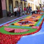 Los pobladores de San Cristóbal de La Laguna festejaron la fiesta de Corpus Christi. Embellecier
