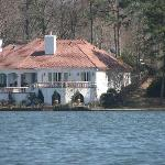 Mansion on the Lake - Duck Tour