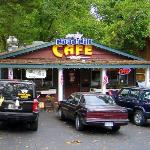 I not kidding, its the Road Kill Cafe...