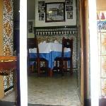vista a una de las mesas del restaurante