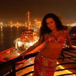 Liman Lokantası belly dancer