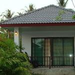 2 Bungalows opposite the reception