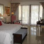 Luxury Ocean Room bedroom