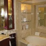 Luxury Ocean Room bathroom