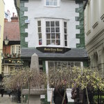 The Crooked House of Windsor의 사진