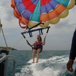 Montando en el Parasaling en Costa Blanca, Panama Marzo 2010 (despegando)