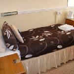 Guest Room ( Room 7 - Twin )
