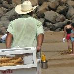 Ice cream vendor, Chacala Beach