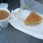 Foto van 5 Brothers Grocery & Sandwich Shop