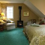 Swan Lake Suite – One of five luxurious rooms.