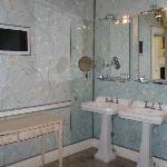 Bathroom - room 17