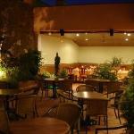 Terrasse by Night