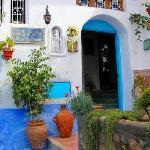 Fachada de entrada al hotel Dar Meziana