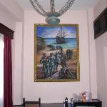 """My other halv loving the picture on the wall, giving the room a """"Presidental feeling"""""""