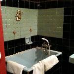 Salle de bains chambre 35