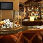 Coast Restaurant & Bar