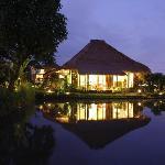 villa 2 at night