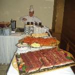Buffet im Hotel Rosenegger mit Koch