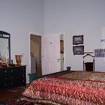 Guest Room -  'Lee'
