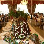 uovo di Pasqua nel ristorante