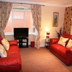 new 2010 ground floor disability friendly family apartment
