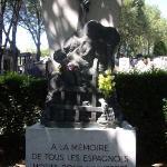 Bilde fra Pere-Lachaise gravlund (Cimetiere du Pere-Lachaise)