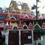 A highly recommended stop on way to Mussoorie. The Pareshwarnath Temple has beautiful Shivlings