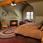 Cowboy - Beautiful Room with King Bed