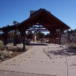 Path from Information Plaza leading to Mather Point