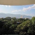部屋からの景色、朝は鳥の鳴き声が綺麗