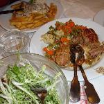 paupiettes de veau and salade frissee aux lardons