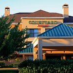 Welcome to the Frederick Courtyard by Marriott!