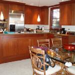Great kitchen, fully loaded