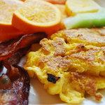 Eggs combo plate