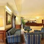 Hotel de France - Hotel Lobby