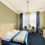 Hotel de France - Superior Room