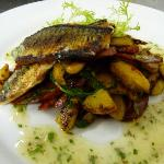 Seared mackerel on chorizo and potatoes (£8.50)