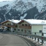 Photo of Hotel Restaurant Gstatsch