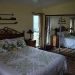 The King Size Bed in the Grand Pineapple Suite